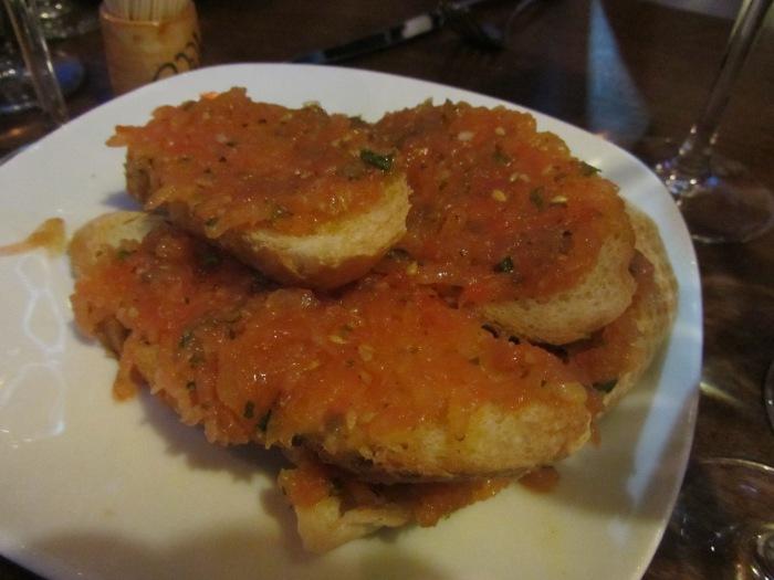 ebandada de pan con tomate