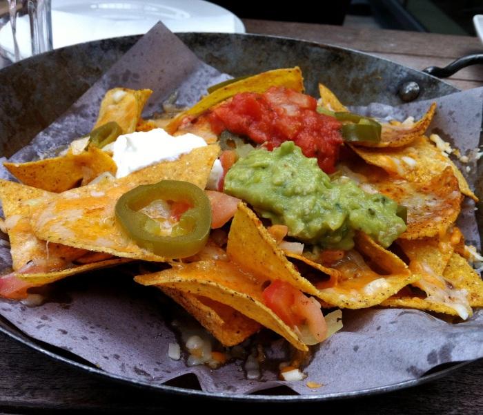 las iguanas nachos